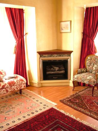 luxury-interior-2-1512961-1