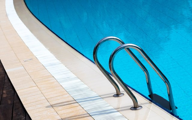 Lap-Pools